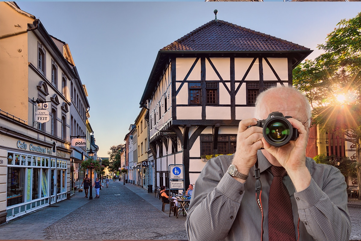 Markt in Ratingen, Detektiv zeigt Daumen nach oben, Schriftzug: Unserer Detektei ermittelt für Sie in Ratingen !