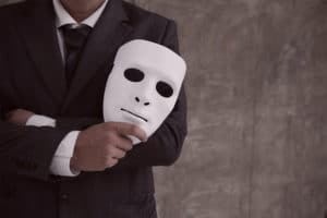 Mann mit Maske - Fake Profil im Internet ?