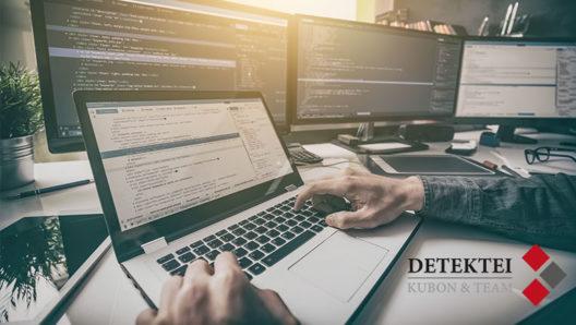 Programmier an mehreren Pcs testet die Sicherheit verschiedener Messenger
